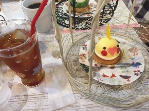 小鳥カフェのオカメインコケーキ